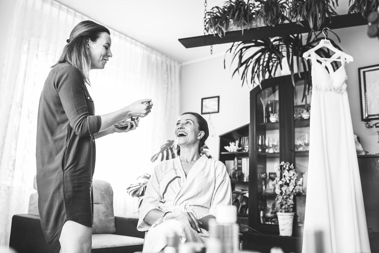 Makeup ślubny. Przygotowania panny młodej w Gdyni.