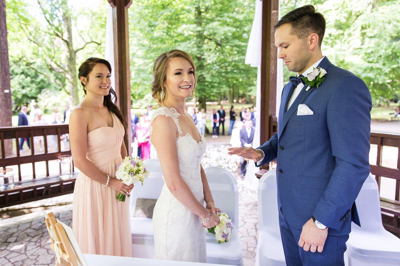 Ślub cywilny w altanie Parku Oliwskiego w Gdańsku