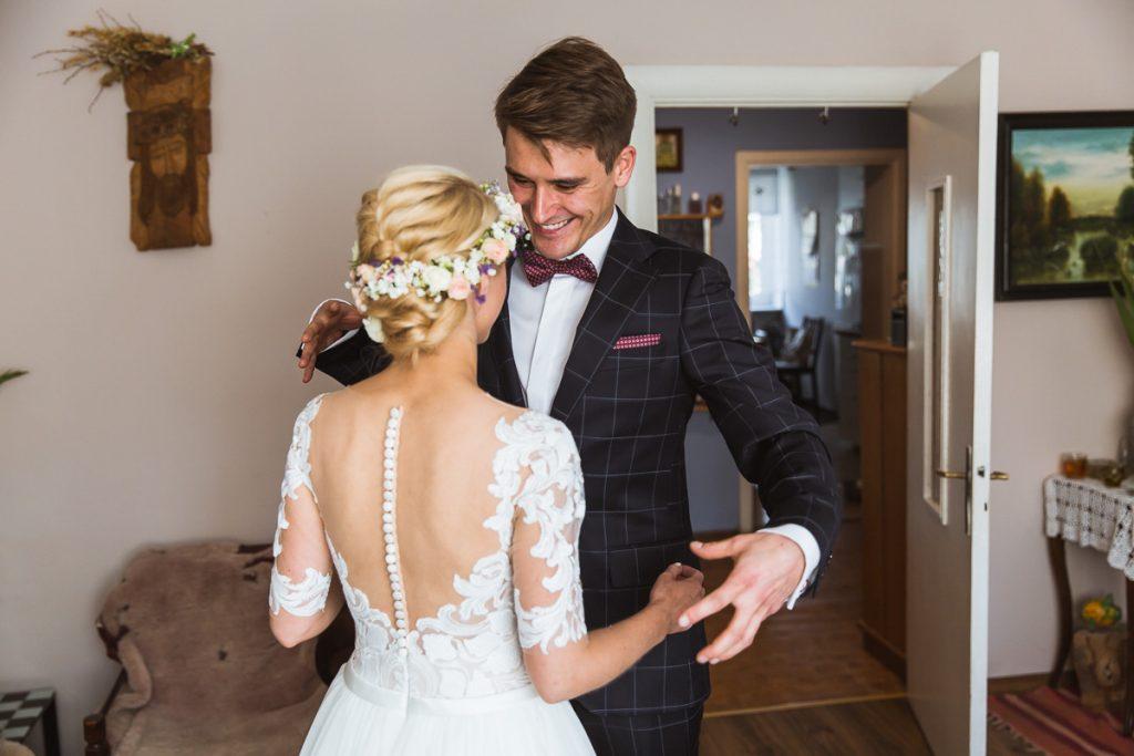 first look przed ślubem