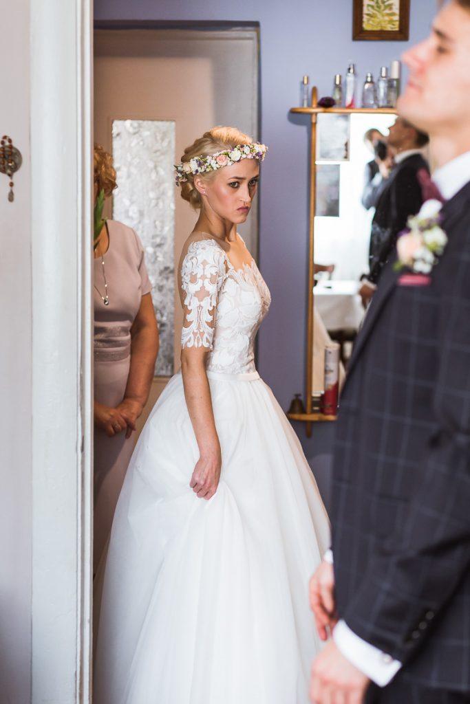 panna młoda przed ślubem