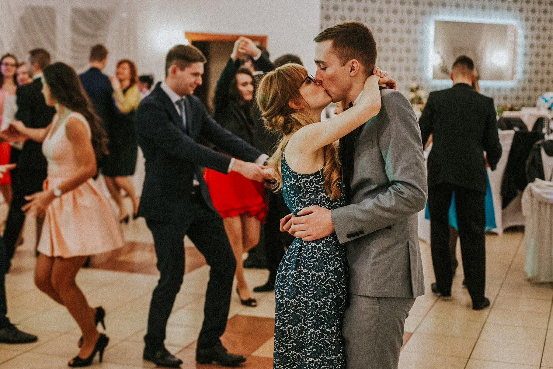 zabawa podczas wesela międzynarodowego