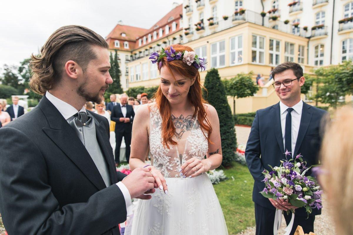 ślub w plenerze ślub w Grand hotelu